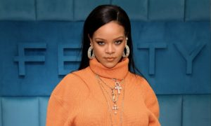 Rihanna warns fans not to worry about new album