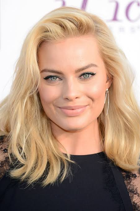 Margot Robbie Tips Fans On Healthy Living During Lockdown