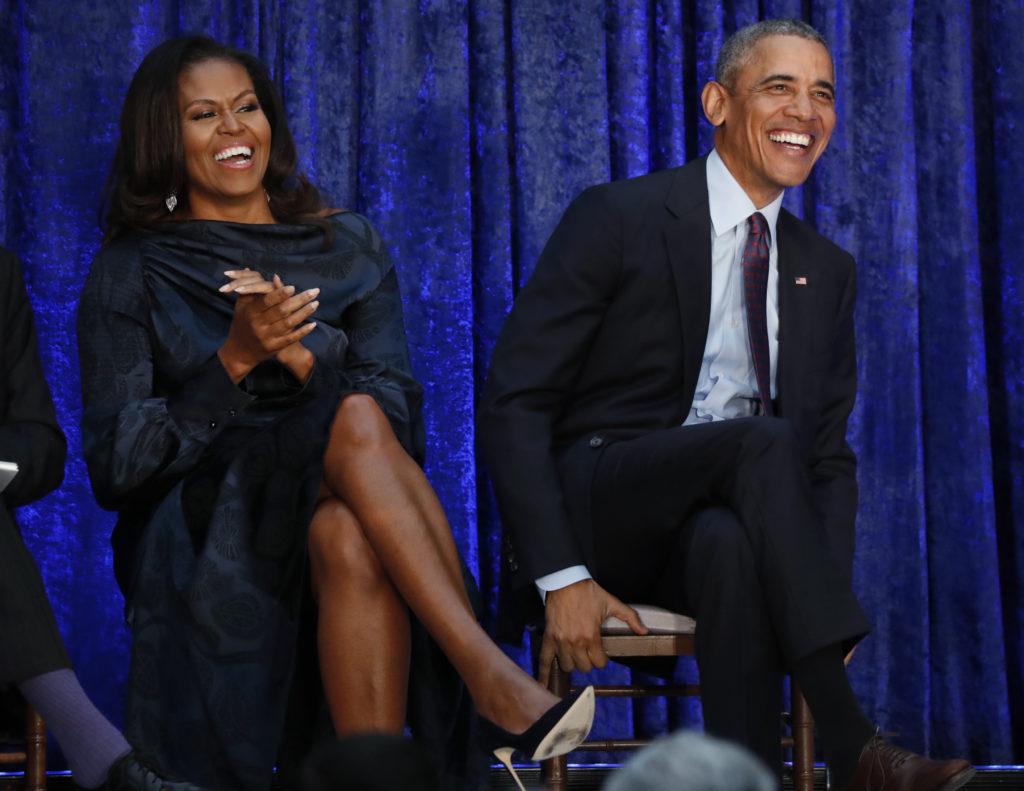Barack and Michelle Obama togive YouTube Virtual Start Speech